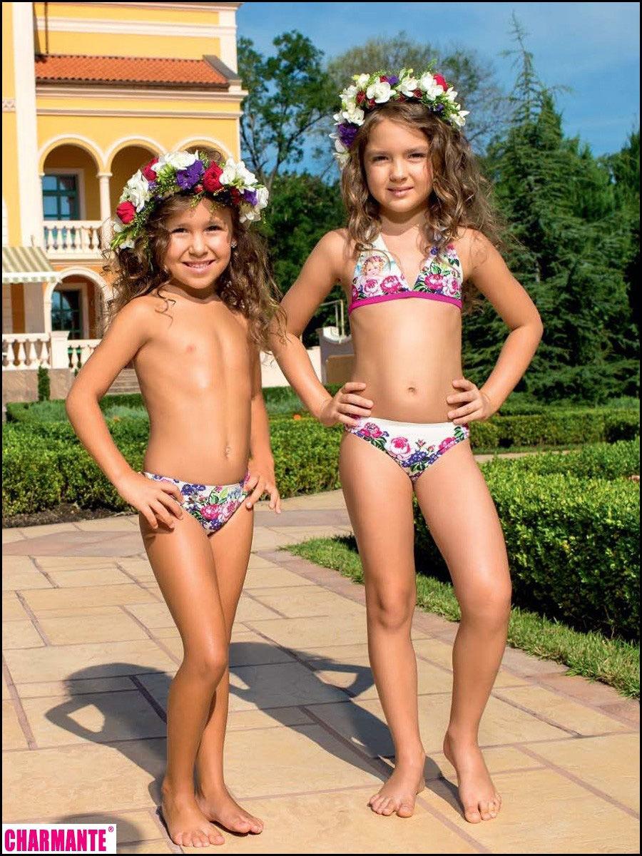 Фото бесплатно голых юных девочек